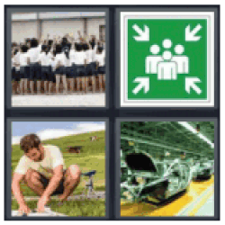 4 pics 1 word team huddle