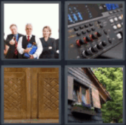 4-pics-1-word-panel